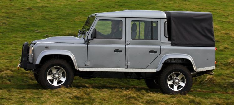 Land Rover Defender Pickup 110