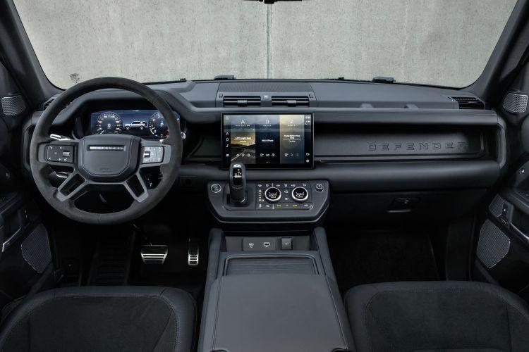 Land Rover Defender V8 2022 0221 011