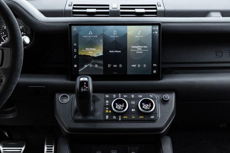 Land Rover Defender V8 2022 0221 016