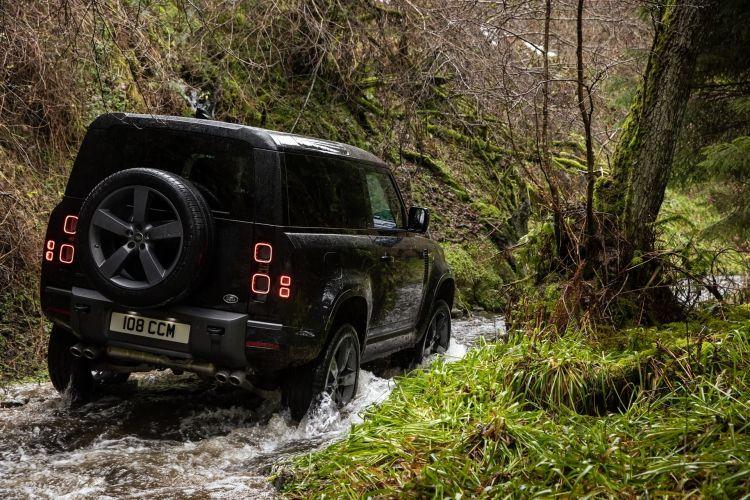 Land Rover Defender V8 2022 0221 047