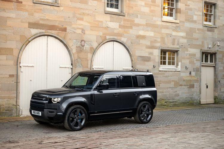 Land Rover Defender V8 2022 0221 095