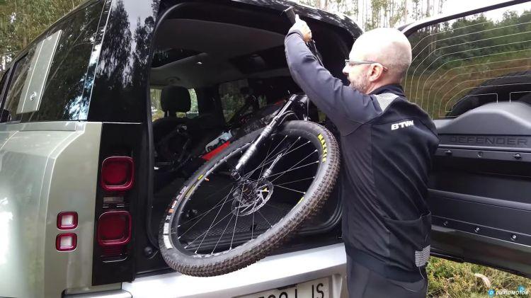 Land Rover Defender Vs Bici Montana 00008
