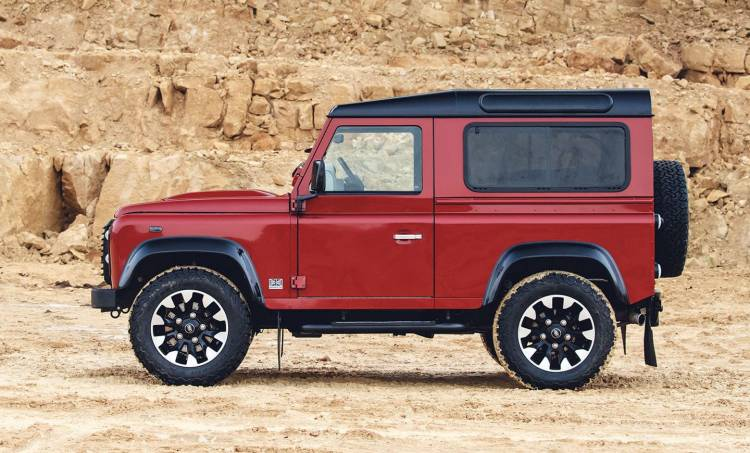 land-rover-defender-works-v8-09