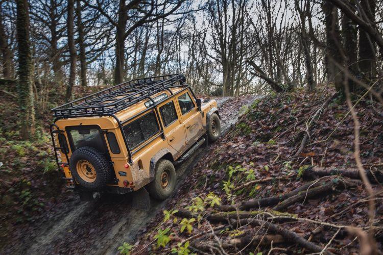 Land Rover Defender Works V8 Trophy 2021 025