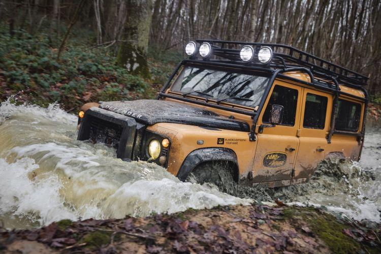 Land Rover Defender Works V8 Trophy 2021 026