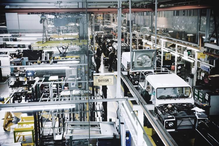 Land Rover Discovery Fabrica Eslovaquia 01