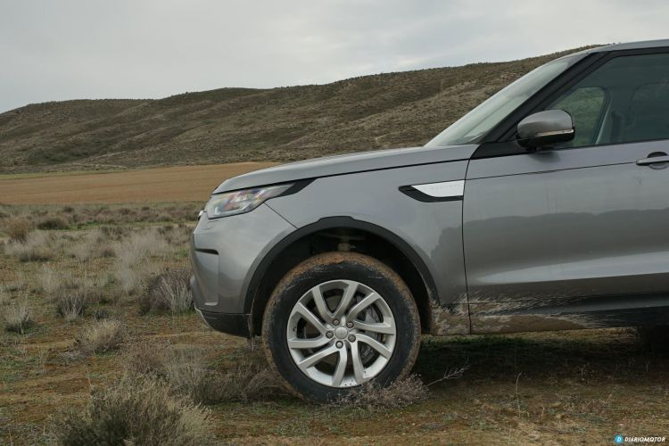 Land Rover Discovery 00012