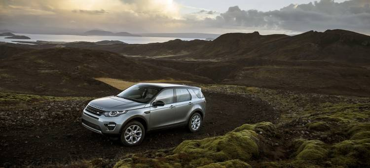 land-rover-discovery-sport-2015-ingenium-diesel-01-1440px