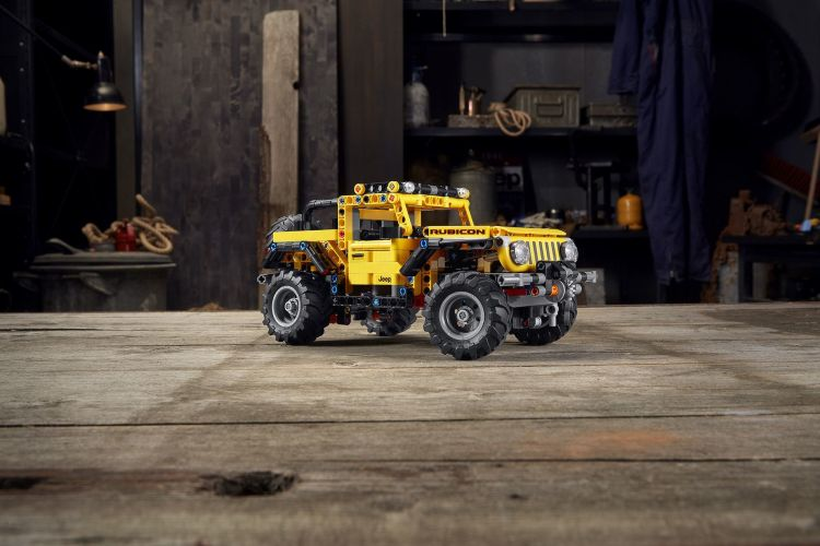 Lego Technic Jeep Wrangler 6