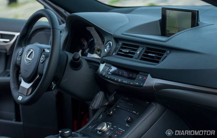 Lexus CT200h F-Sport 2014