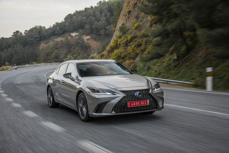 Lexus Es 300h 0319 029