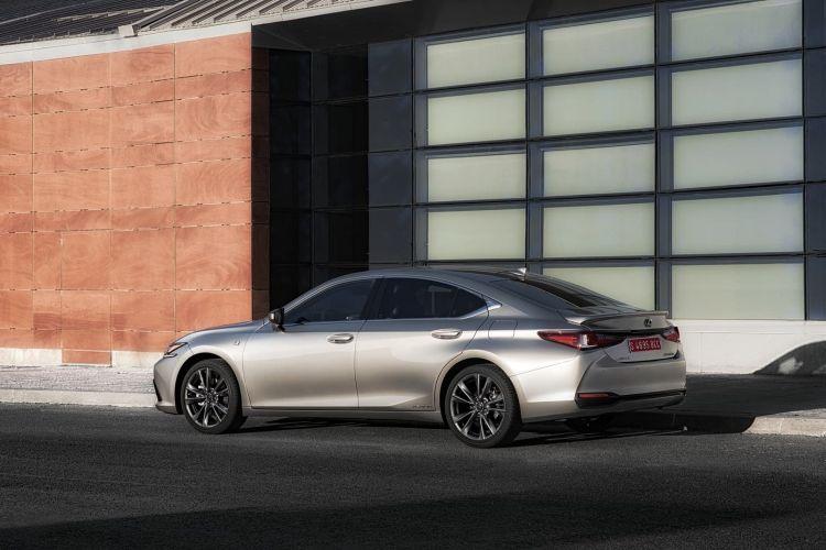 Lexus Es 300h 0319 035
