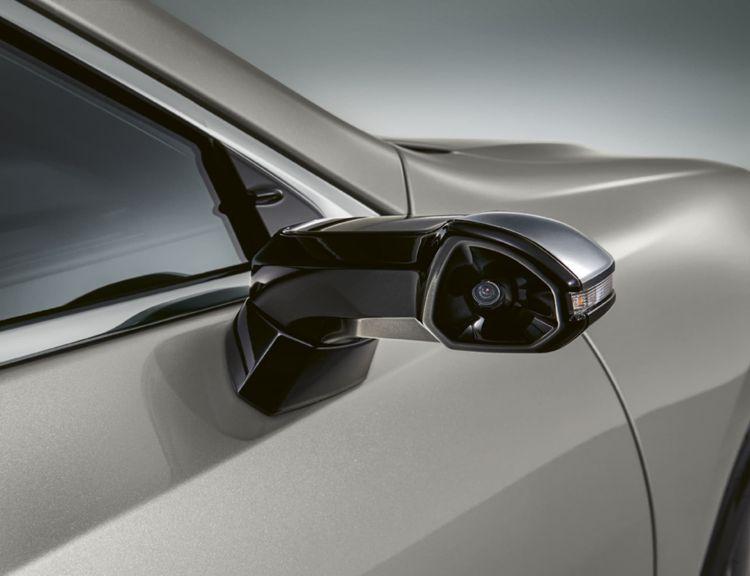 Lexus Es Digital Mirror 02