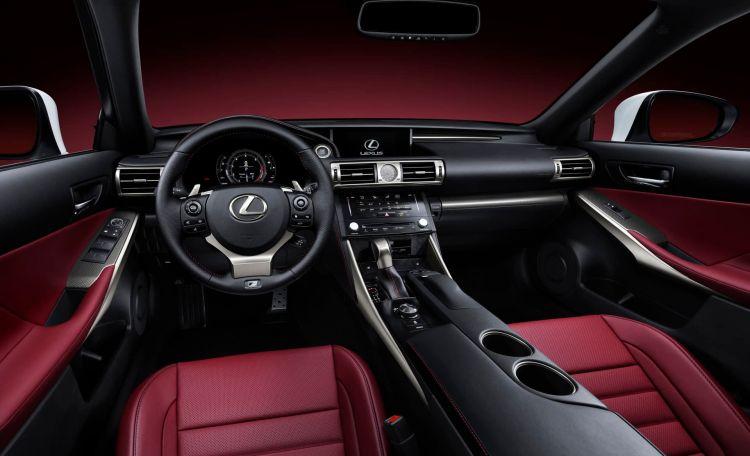 Lexus Is 300h Agosto 2020 03