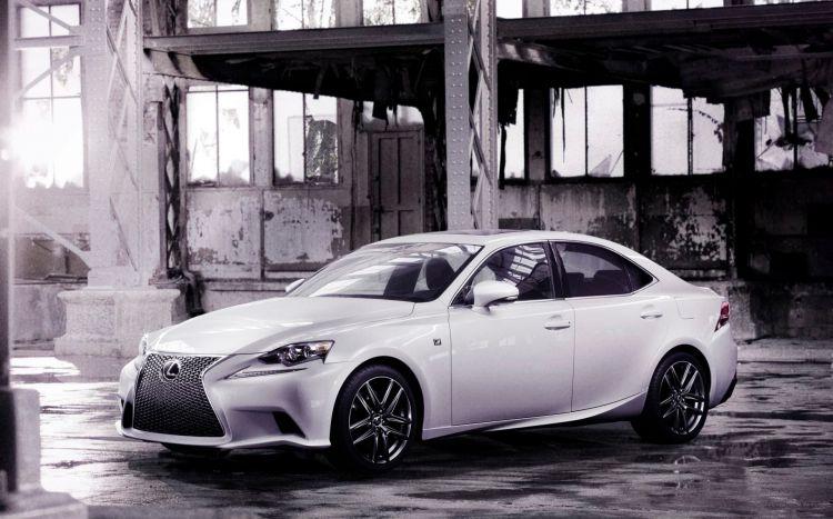 Lexus Is 300h Agosto 2020 04