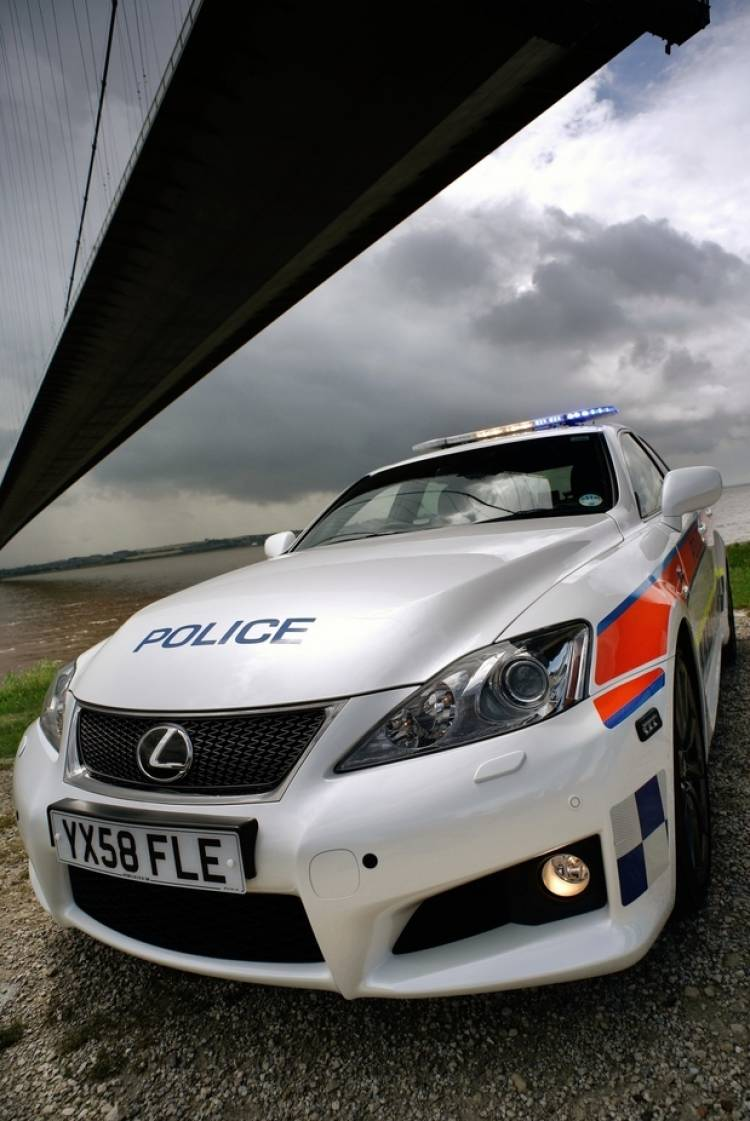 Lexus IS-F policial