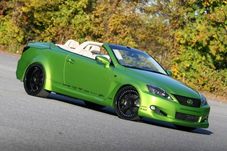 Lexus IS 350C por Fox Marketing
