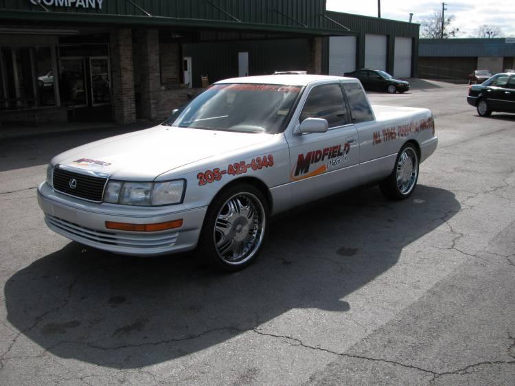 Lexamino, un Lexus convertido en pick-up