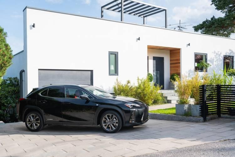 Lexus Ux 250h 0918 021
