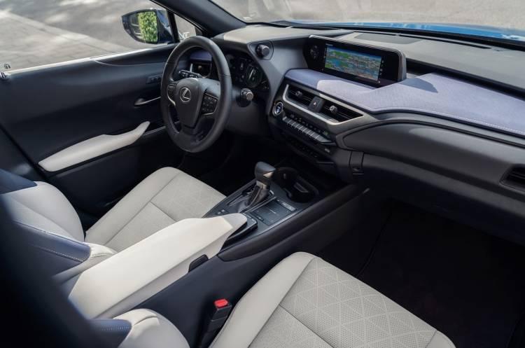 Lexus Ux 250h 0918 037