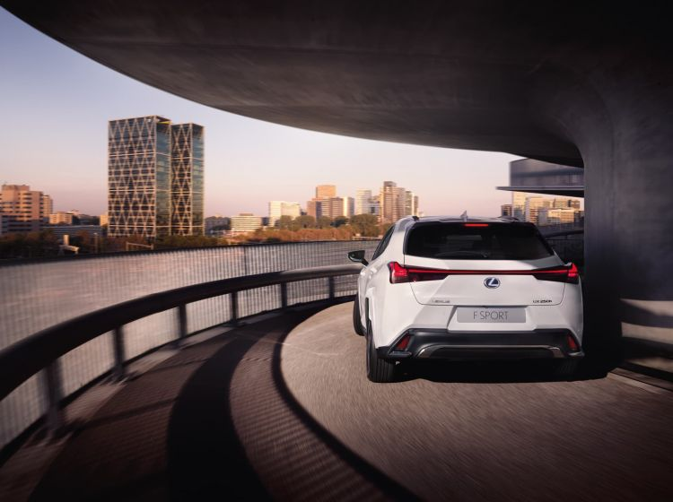 Lexus Ux Offer June 2021 Exterior 05