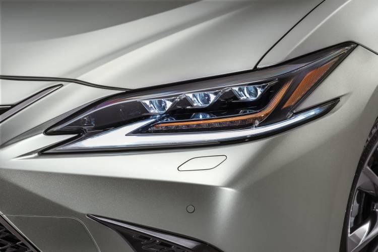 Lexus Es 2018 15
