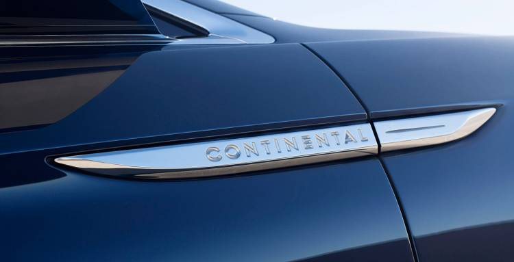 lincoln-continental-concept-02-1440px