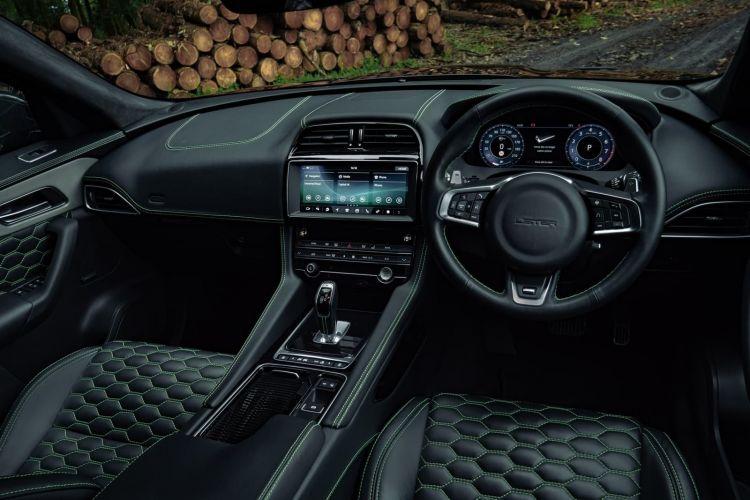 Lister Stealth Jaguar F Pace Svr 0820 008