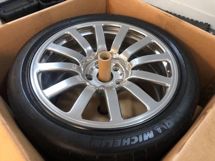 Llantas Bugatti Veyron 3