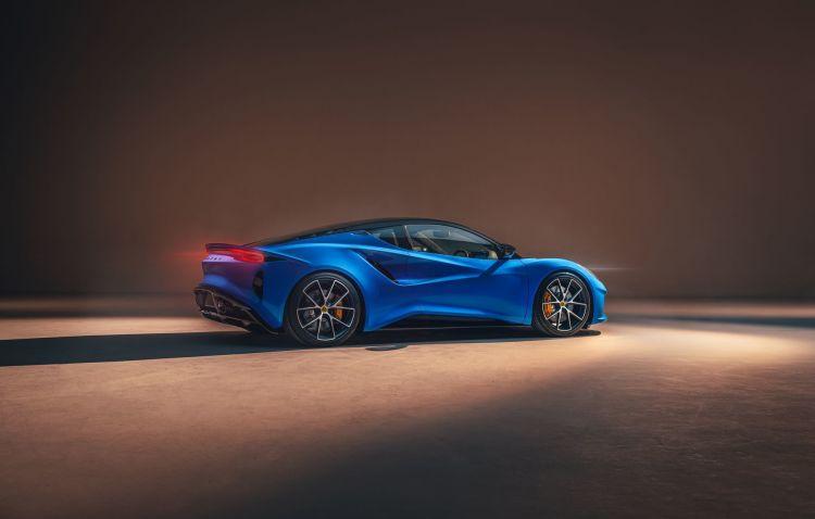 Lotus Emira 2022 8