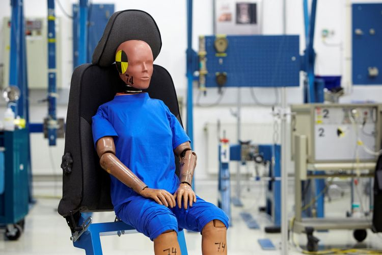 Maniqui Volvo Crash Test Dummies 01