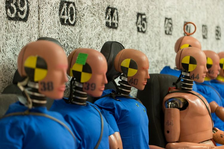 Maniqui Volvo Crash Test Dummies 05