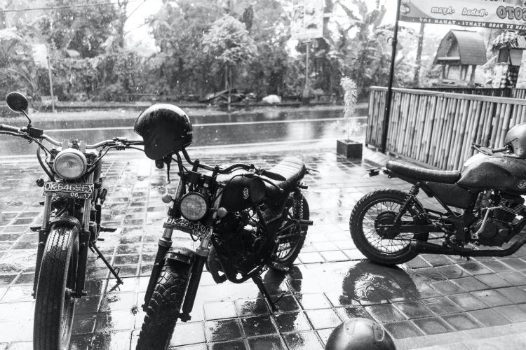 Marvin Meyer Cascos Motos Lluvia