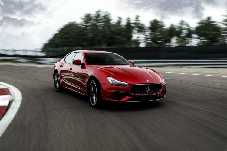 Maserati Ghibli Quattroporte Trofeo 0820 014