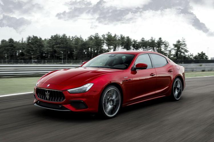 Maserati Ghibli Quattroporte Trofeo 0820 015