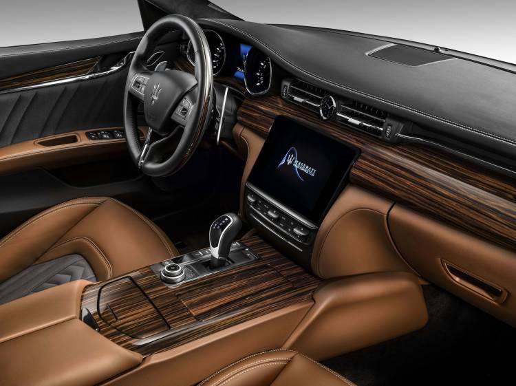 Maserati Quattroporte Ficha 10