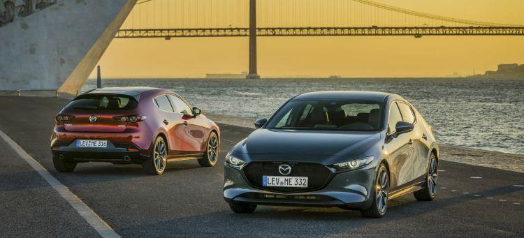 Mazda 3 Etiqueta Eco Rojo Gris