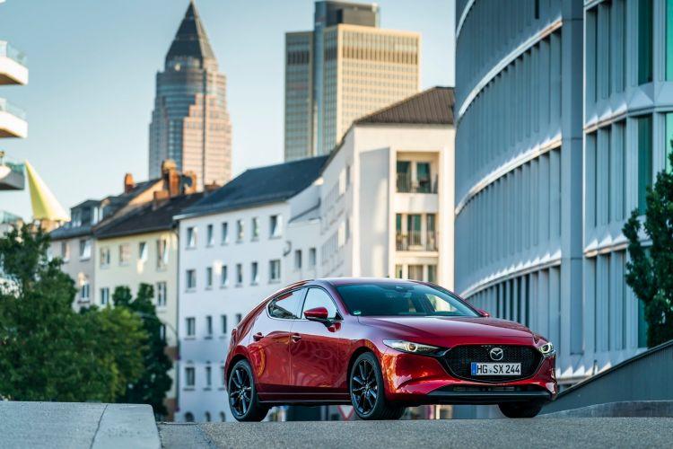 Mazda 3 Skactiv X Exterior 00012