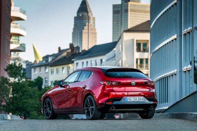 Mazda 3 Skactiv X Exterior 00017