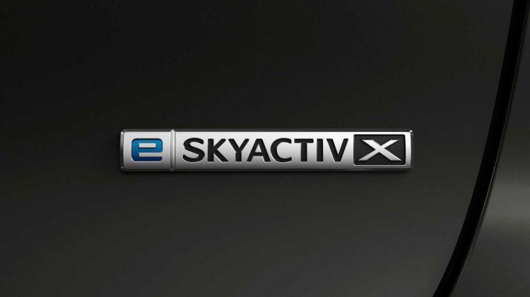 Mazda E Skyactiv X 1120 01