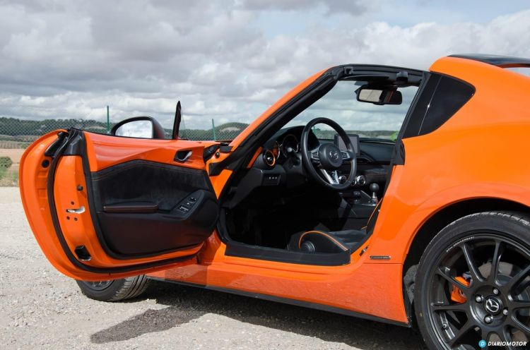 Mazda Mx 5 30th Dcd 1019 027