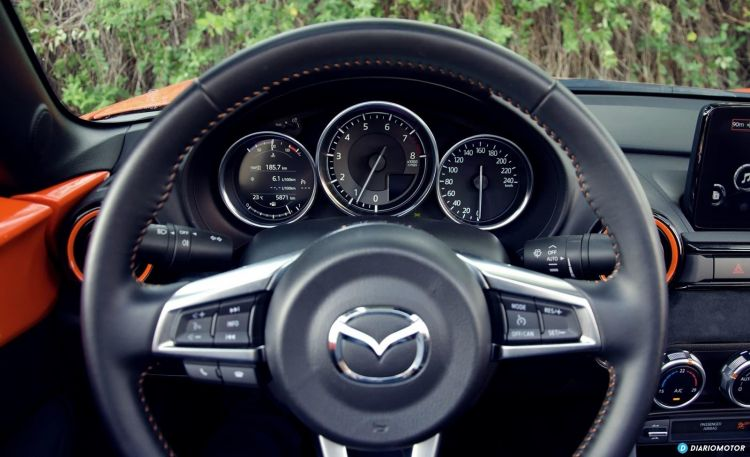 Mazda Mx 5 30th Dcd 1019 042