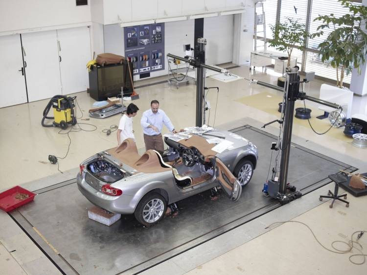 Cómo se construye el Mazda MX-5 Superlight Concept