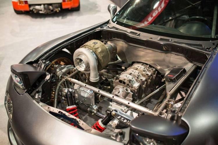 mazda-rx-7-cuatro-rotores-4