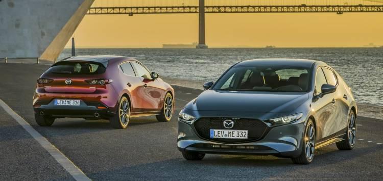 Mazda3 2019 0219 001