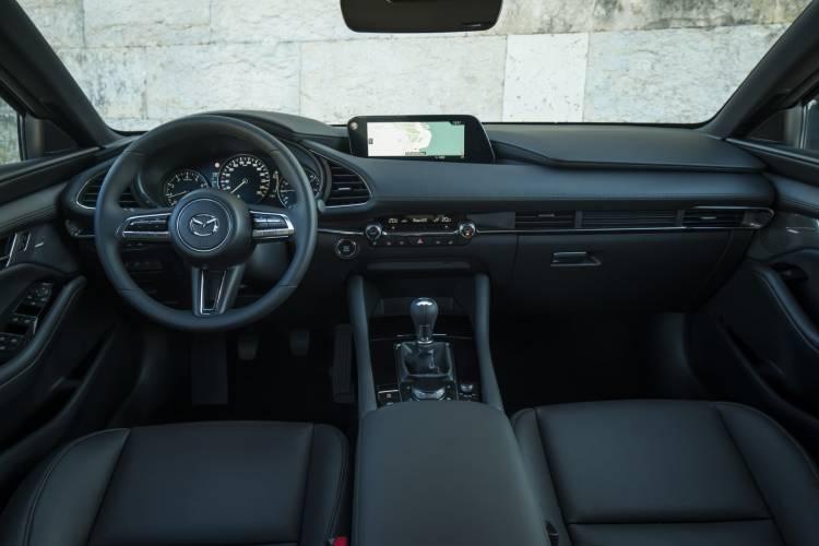 Mazda3 2019 Interior Negro 02