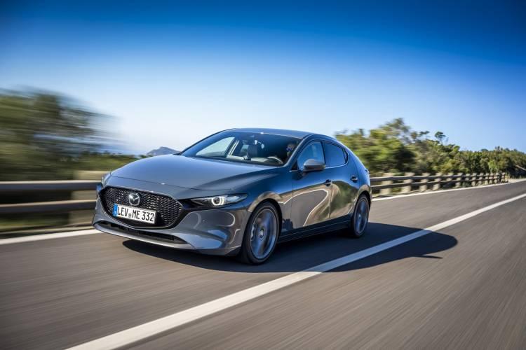 Mazda3 2019 Polymetal Frontal 01
