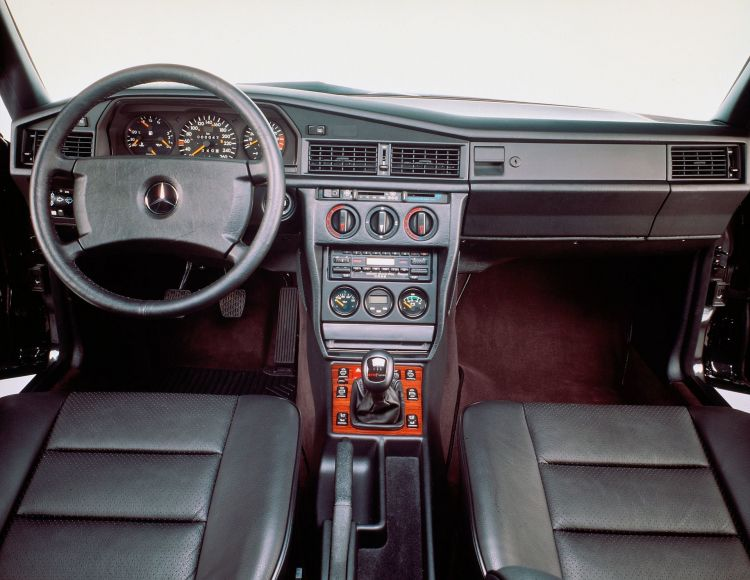 Evolutions Lehre: Vor 30 Jahren Hat Der Mercedes Benz 190 E 2.5 16 Evolution Ii Premiere Evolution – In Theory And In Practice: Thirty Years Ago, The Mercedes Benz 190 E 2.5 16 Evolution Ii Débuted