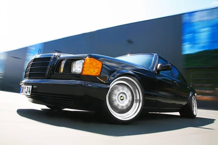 INDEN-Design Mercedes 560 SE