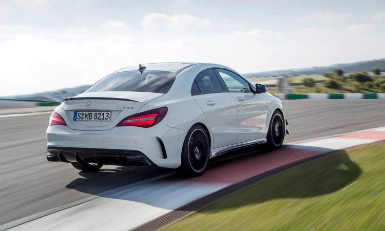 mercedes-amg-45-cla-coupe-2016-04